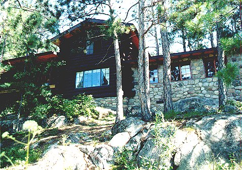 outside view of wild loon--7-room log cabin